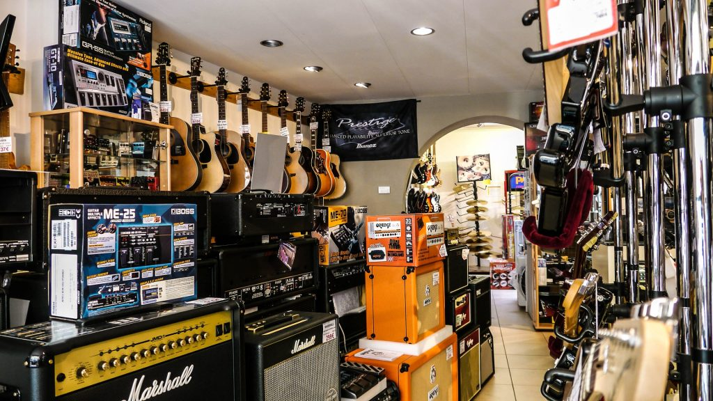 Become a music instrument dealer