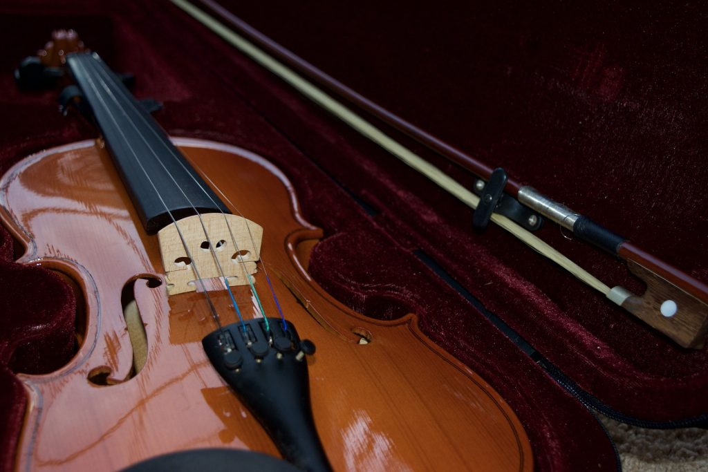 wholesale violin distributors USA